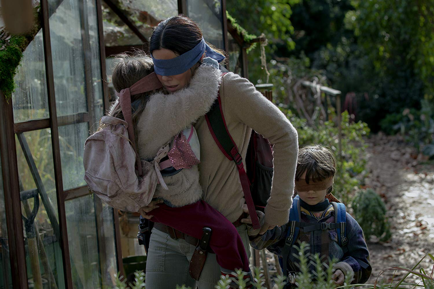 Bird Box (2018) Sandra Bullock