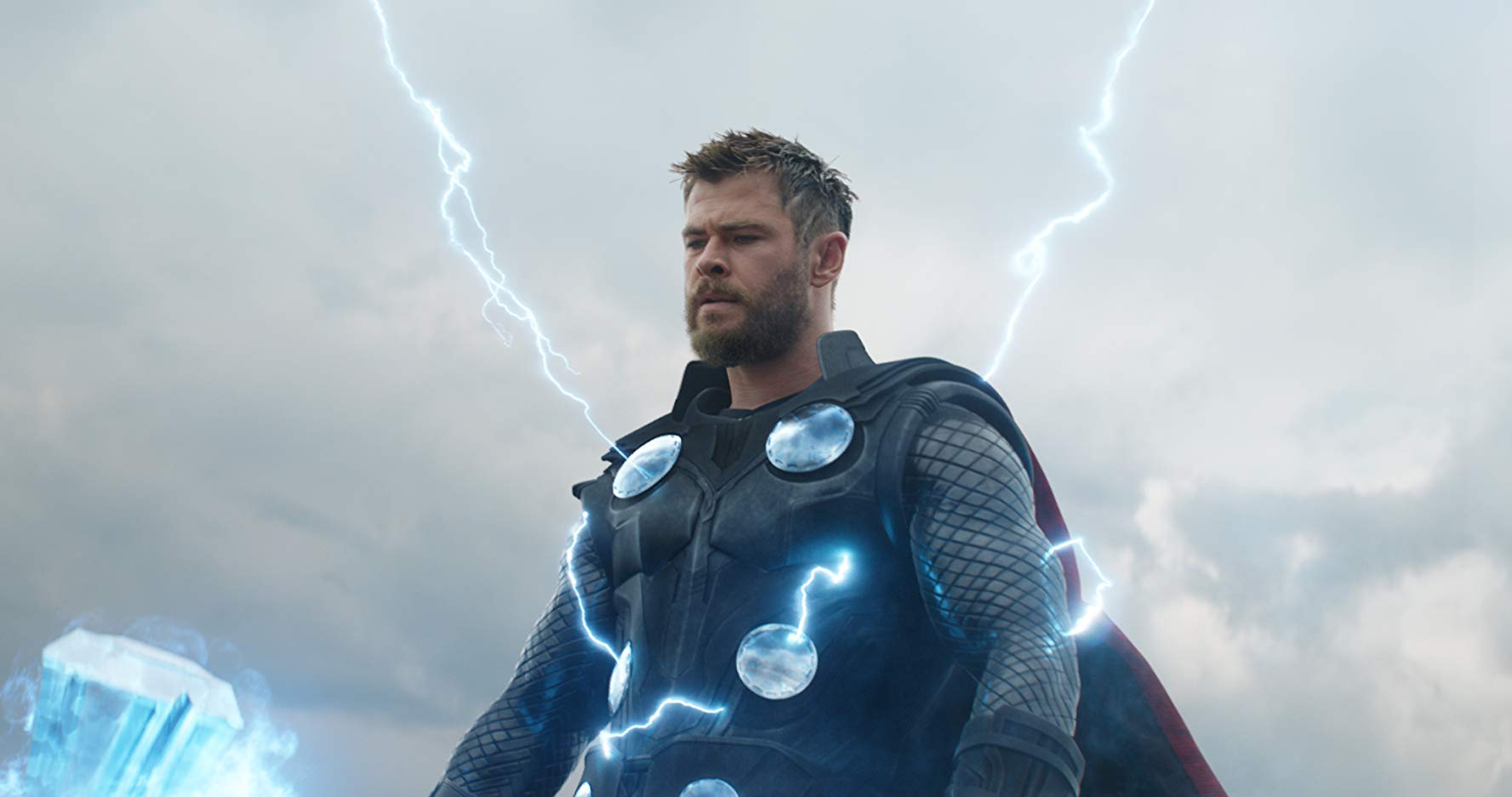Chris Hemsworth in avengers: endgame (2019) review by cultural hater