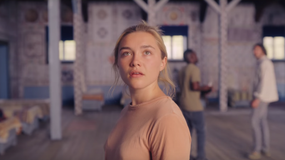 Florence Pugh in Midsommar (2019) - cultural hater review