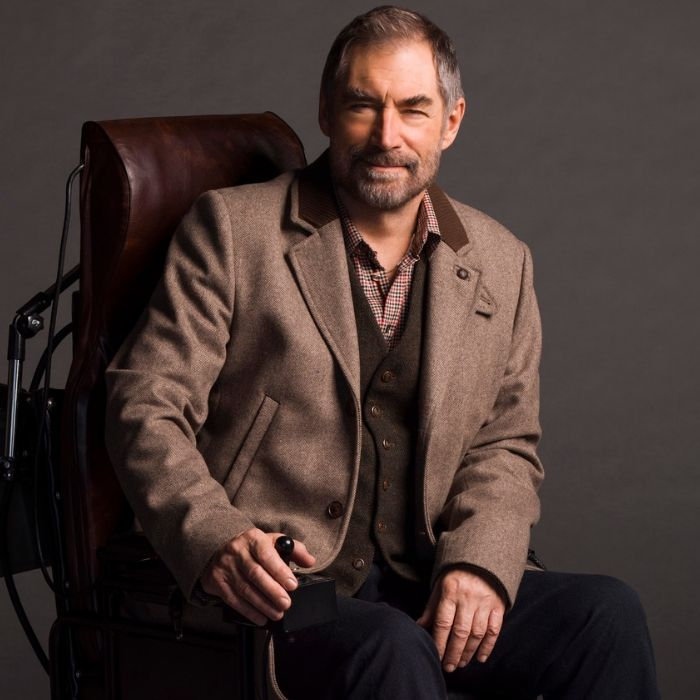 Timothy Dalton as Niles Caulder