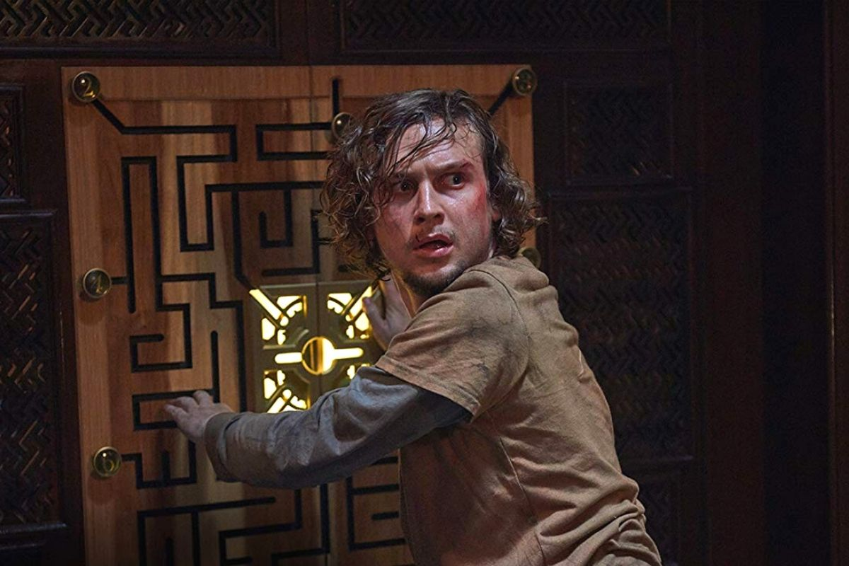 logan miller in escape room (2019)
