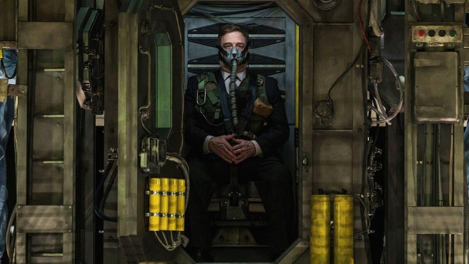 Captive State 2019 John Goodman scene